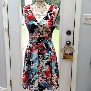 Women's Sleeveless Dress, size Medium